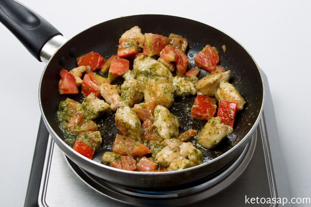 add basil to chicken and tomato