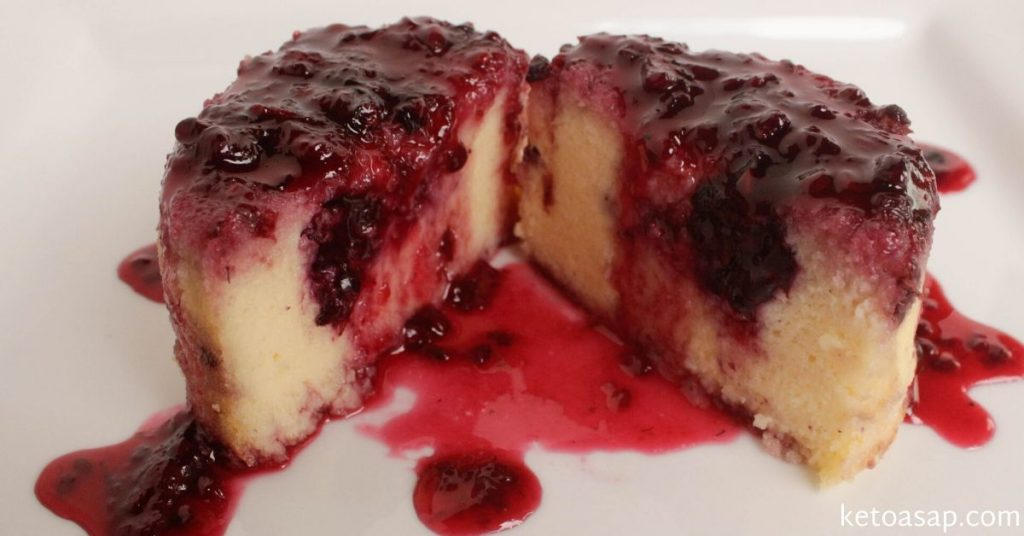 serve mini blackberry cheesecake