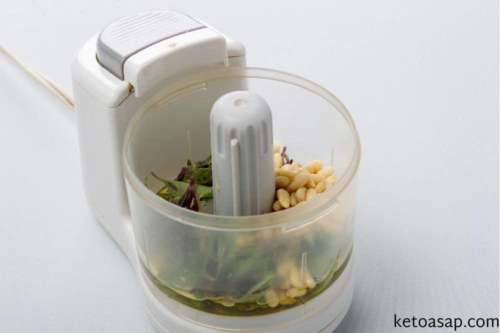 put basil leaves in blender