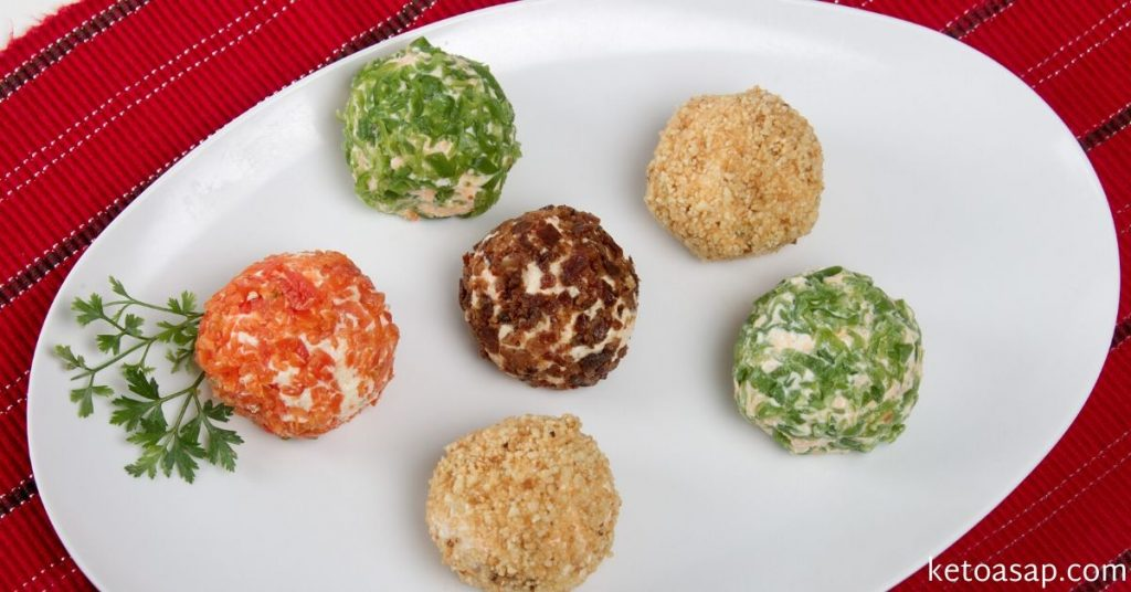 traditional christmas cheese balls