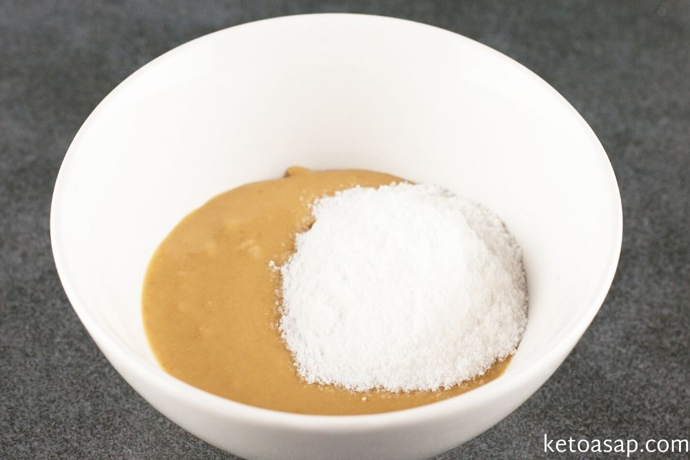 mix peanut butter with sweetener