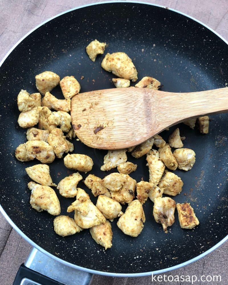 cook chicken salt curry onion powder