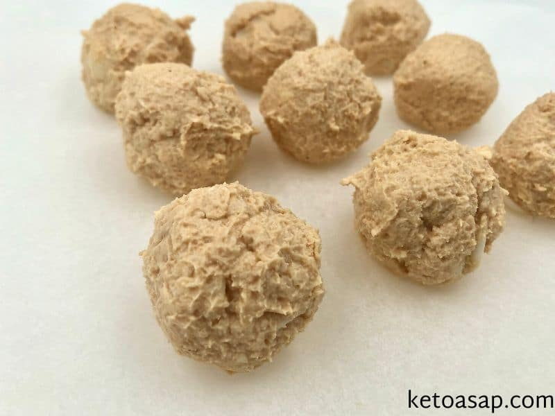 shape 9 small balls