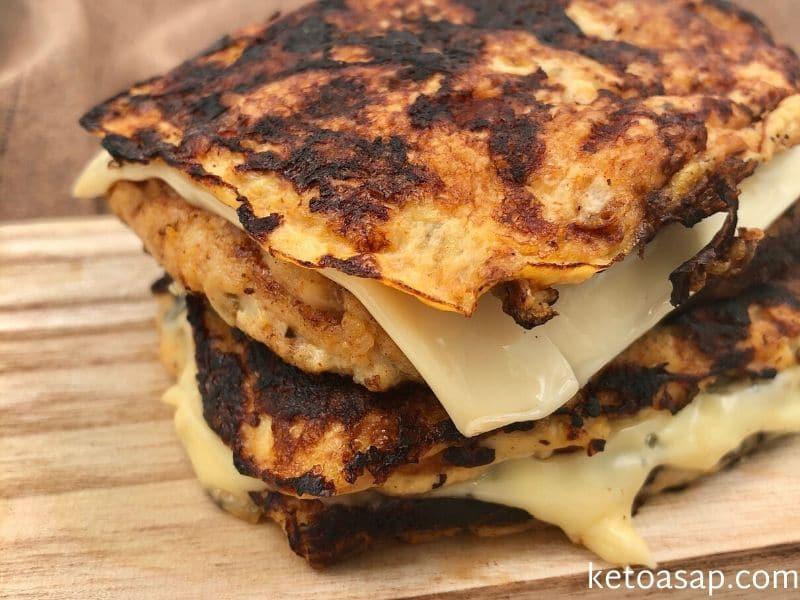 add cheese cauliflower bread slices