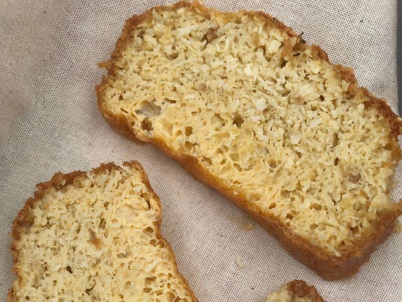 cut coconut bread 12 pieces