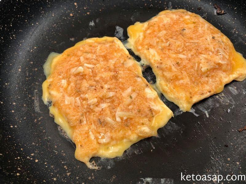 make bread slices cauliflower mix