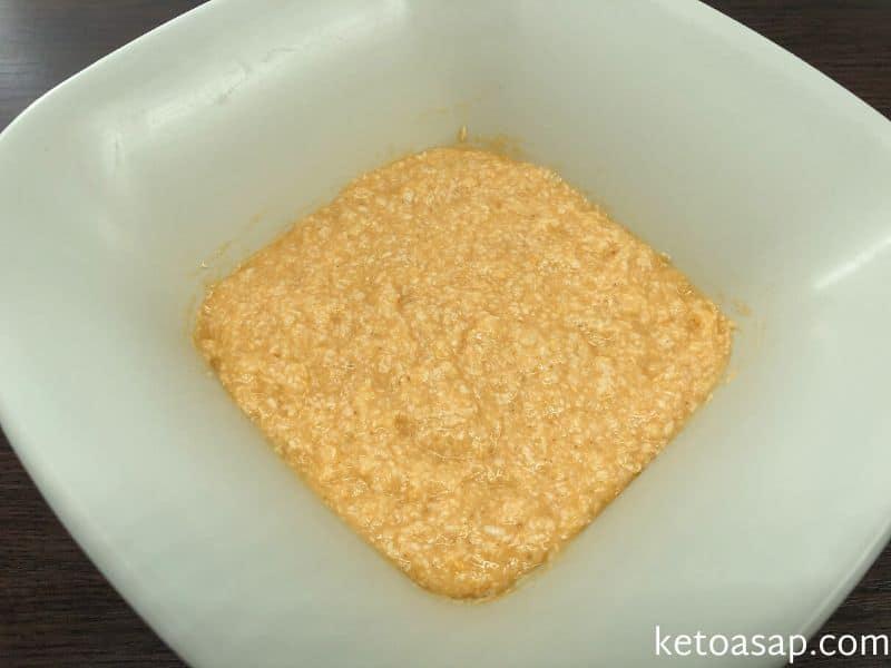 combine eggs flour powder sweetener