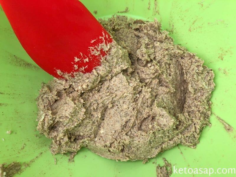 mix almond milk flour coffee