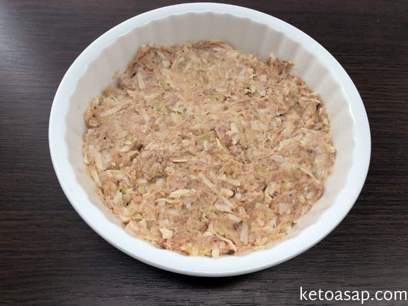 place tuna mixture cake pan