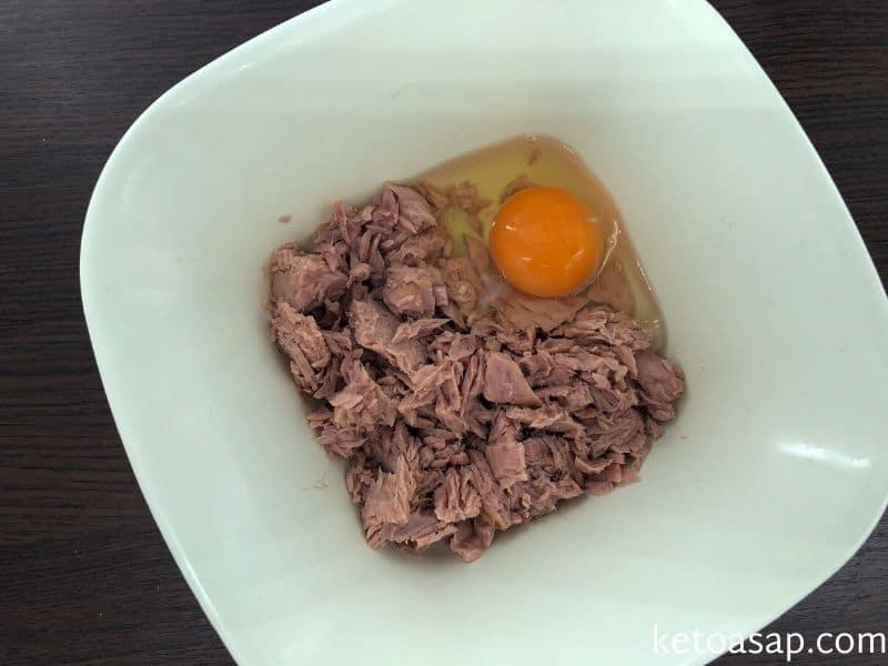 combine egg and tuna