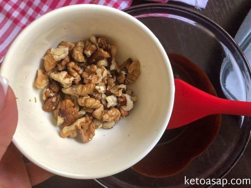 mix chopped walnuts